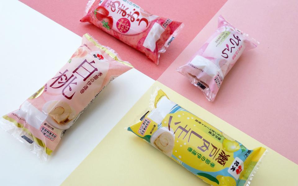 瀬戸内レモンのパッケージデザイン。桃のパッケージデザイン。イチゴのパッケージデザイン。あまおう。桜のパッケージデザイン。package design